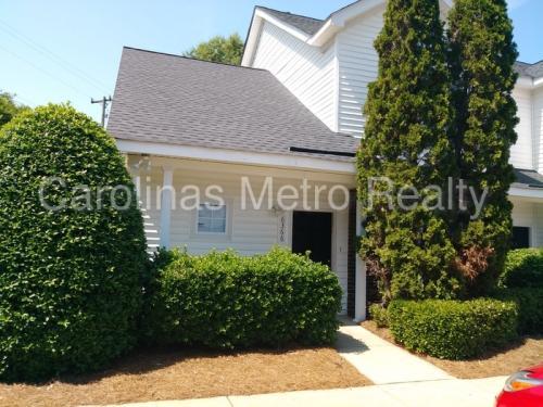 6366 Mallard View Lane Photo 1