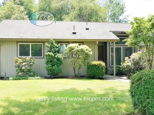 3196 Kentwood Drive Photo 1