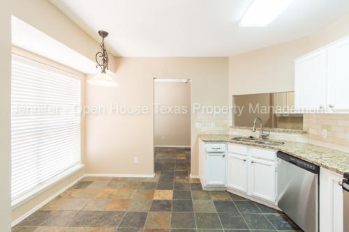 1025 Danforth Court Photo 1