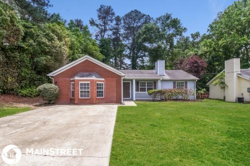 3836 Adamsville Drive SW Photo 1