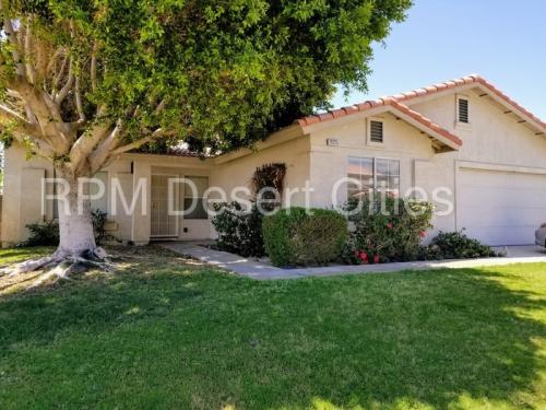 79225 Laurie Court Photo 1