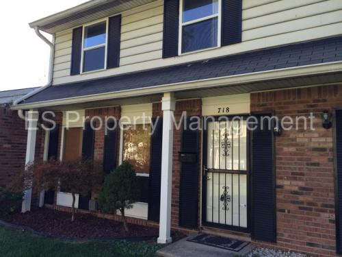 718 Southfield Court Photo 1
