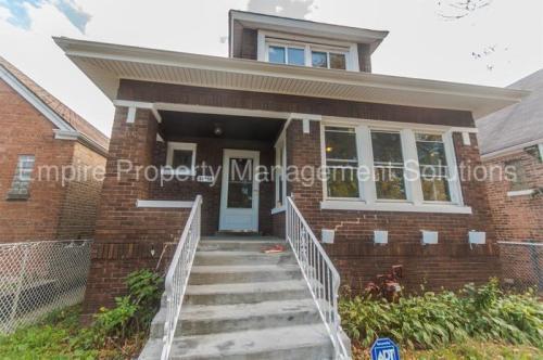 10553 S Indiana Avenue Photo 1