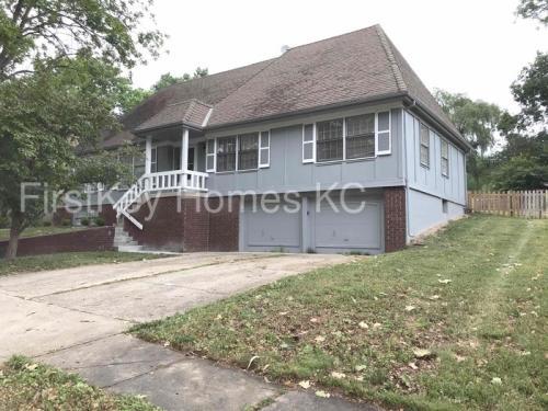 516 E 129 Terrace Photo 1