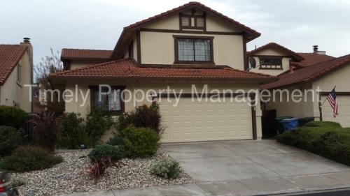 982 Hacienda Circle Photo 1