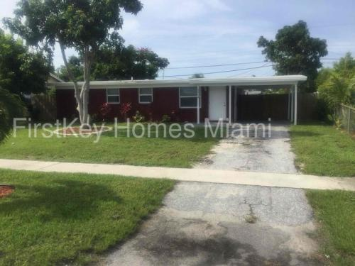 3818 Everglades Road Photo 1
