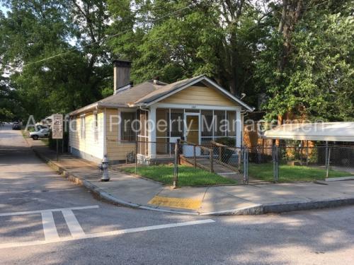587 Hope Street SW Photo 1
