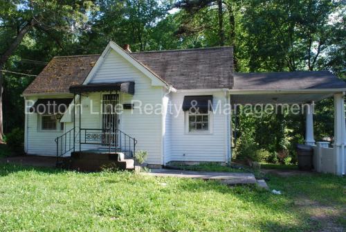 1119 W Davidson Avenue Photo 1