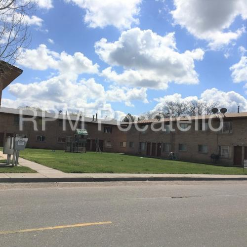1070 Mckinley Avenue #8 Photo 1