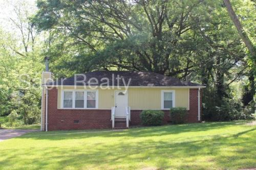 1426 Joy Lane Photo 1