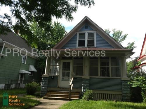 1192 Bush Avenue #2 Photo 1