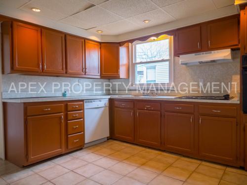 825 W 2nd Street Photo 1