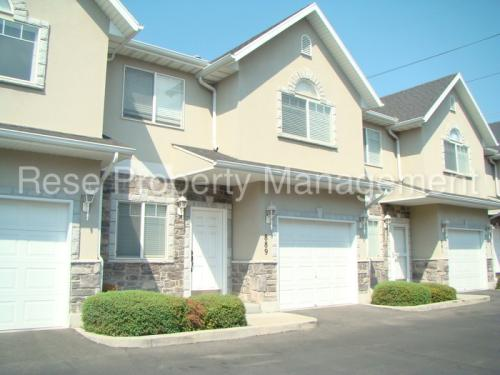 889 Chase Creek Court Photo 1
