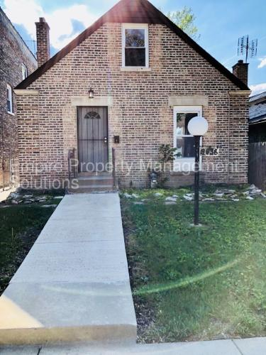 9636 S Forest Avenue Photo 1