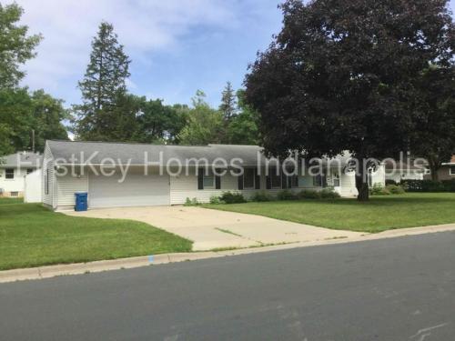 9548 10th Avenue S Photo 1