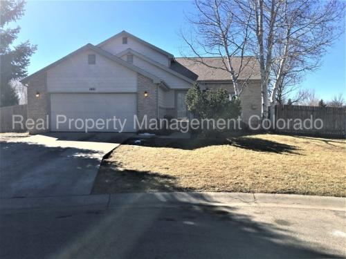 1401 Ptarmigan Court Photo 1