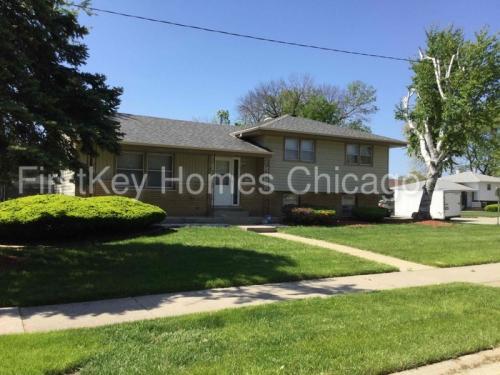 3423 171st Street Photo 1