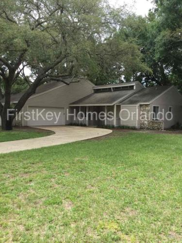 1303 Willow Springs Court Photo 1