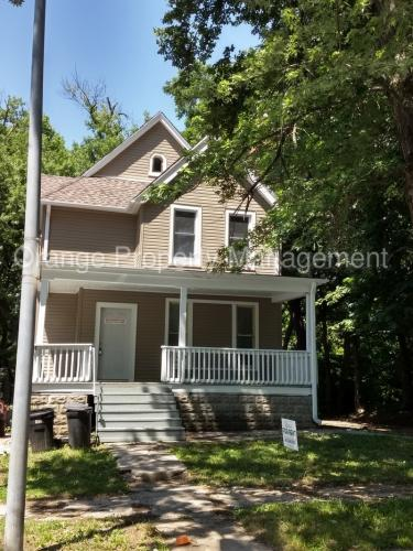 4038 Seward Street Photo 1