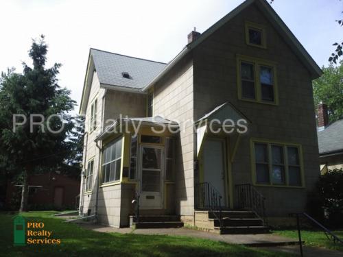 718 Van Buren Avenue #2 Photo 1
