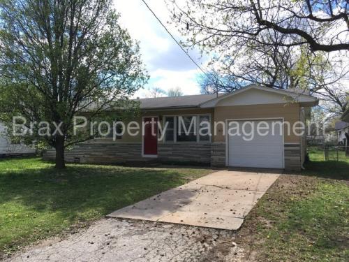 1337 S Estate Avenue Photo 1