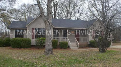 126 Willowbrook Drive Photo 1