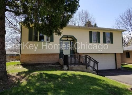 899 Carl Avenue Photo 1