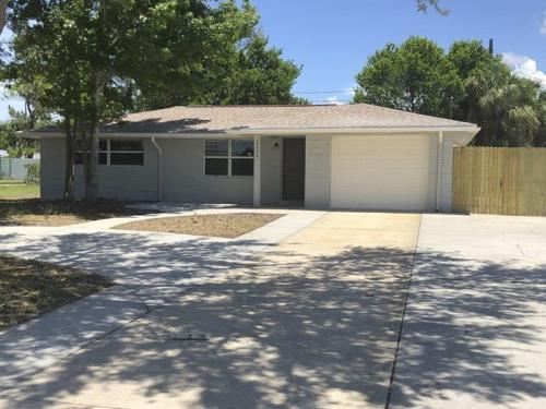 10426 Syringa Court Photo 1