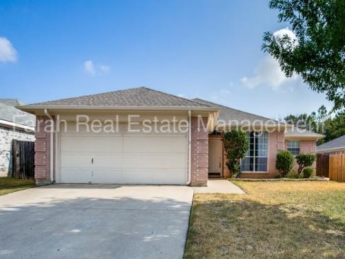 2805 Yorkfield Court Photo 1