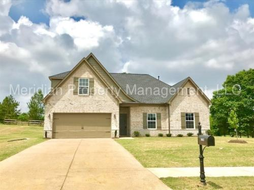 8540 Courtly Circle N Photo 1