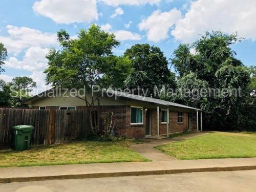 412 Donnell Drive #A Photo 1
