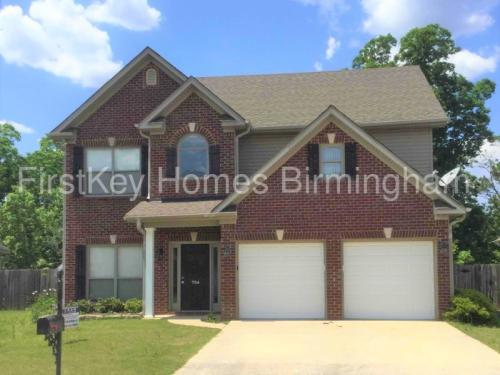 724 Forest Lakes Drive Photo 1