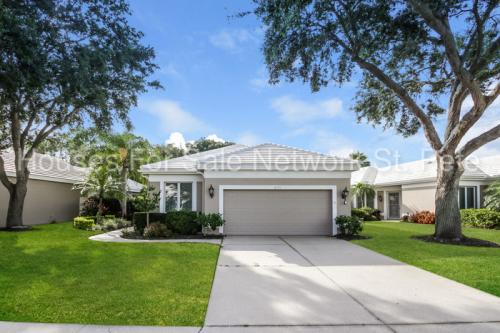 8711 53rd Terrace E Photo 1