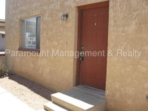 920 N Pueblo Drive #B Photo 1