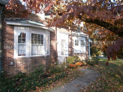 1300 Clover Lane Photo 1