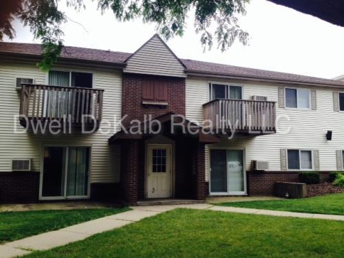 822 Edgebrook Drive Photo 1
