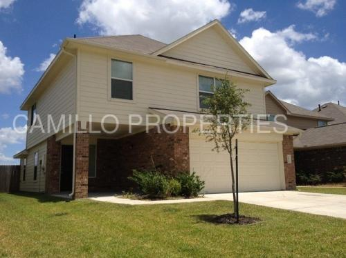 2830 Junction Drive Photo 1