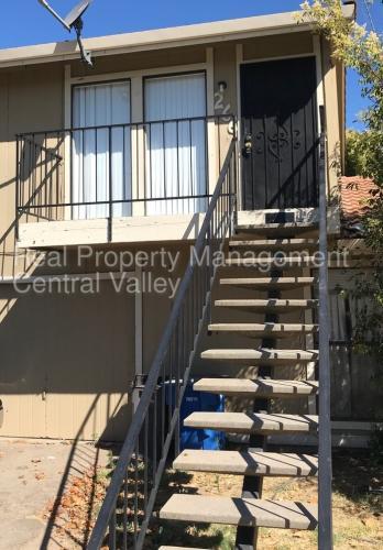 266 Northwoods Avenue Photo 1