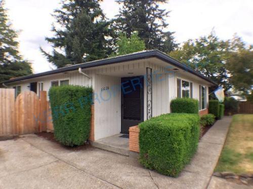 11020 E Burnside Street Photo 1