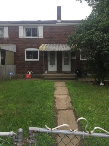 35 Greenough Avenue Photo 1