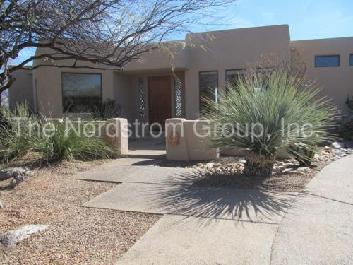 5500 N Hacienda Del Sol Road Photo 1