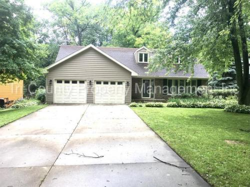 761 Cynthia Drive Photo 1