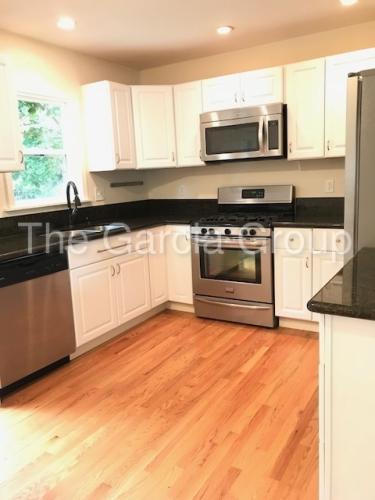 8806 N Wilbur Avenue Photo 1
