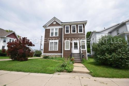 416 Merritt Avenue Photo 1