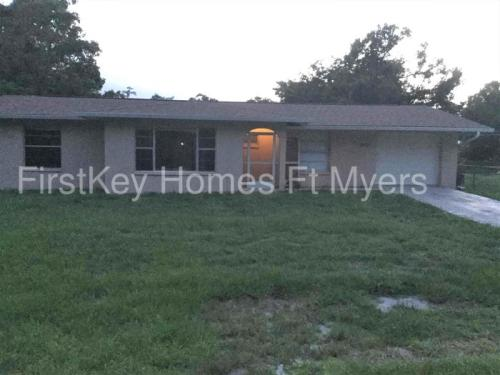 2403 Hibiscus Road Photo 1