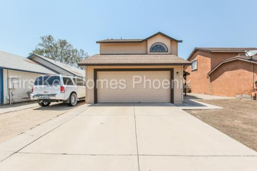11006 N 81st Avenue Photo 1