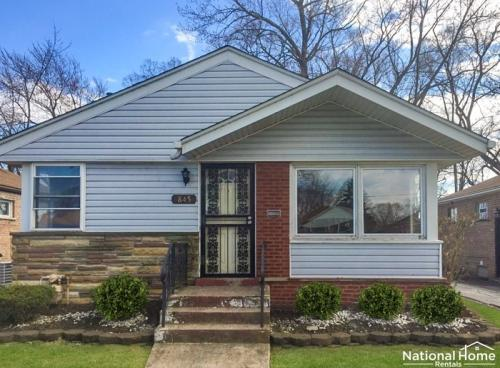845 W 129th Place Photo 1