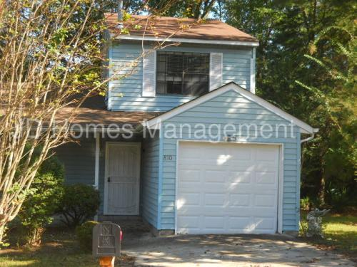810 Pine Tree Trail Photo 1