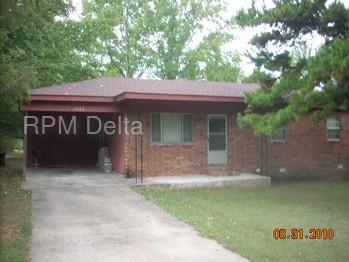 1308 Meadowbrook Drive Photo 1