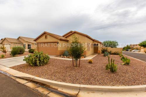 24543 N Saguaro Way Photo 1